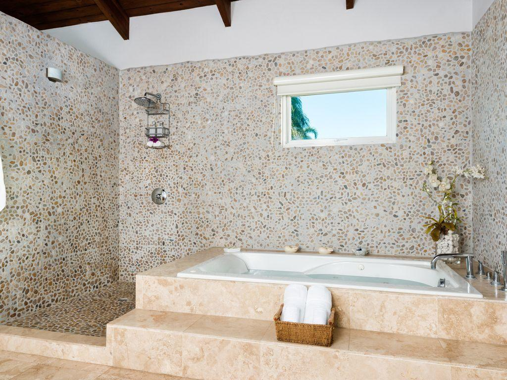 The Spectacular Master Bath
